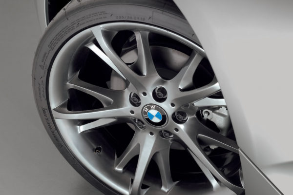 2005-bmw-z4-coupe-concept-wheel-1600x1200
